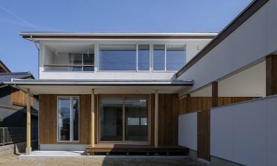 『須坂屋部町の家』