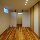 『須坂屋部町の家』思いっきり遊べる庭がある家の写真 ベッドルーム