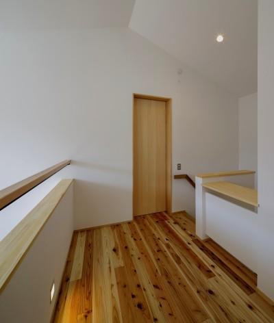 2階ホール (『須坂屋部町の家』思いっきり遊べる庭がある家)