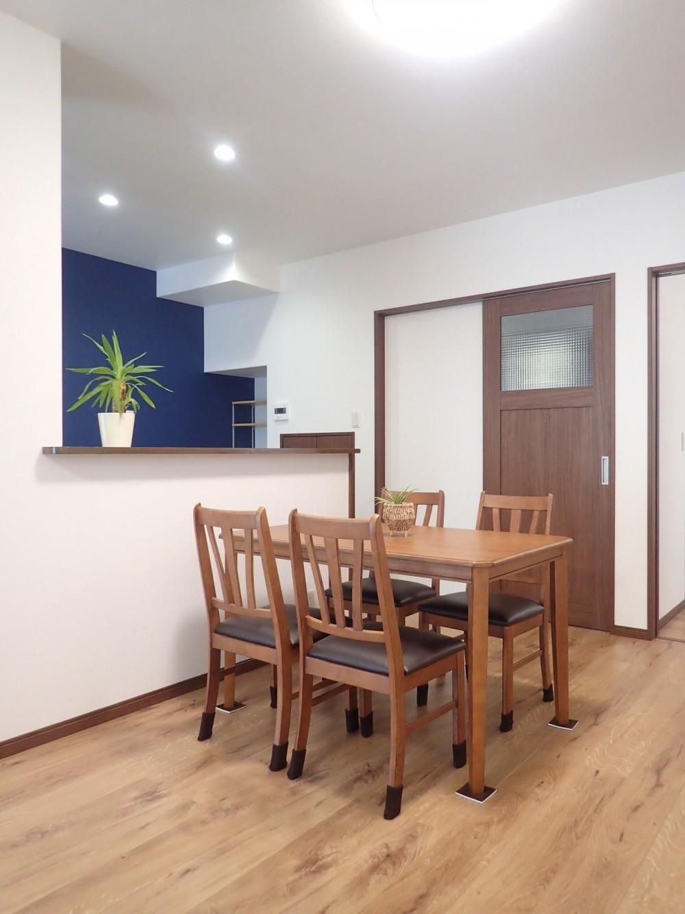 家族3世帯で暮らすみんなが住みやすい家 (対面キッチン)
