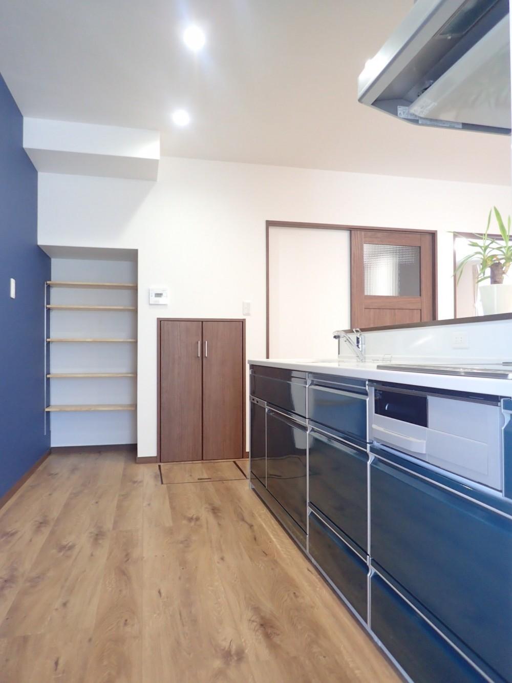 家族3世帯で暮らすみんなが住みやすい家 (キッチン)