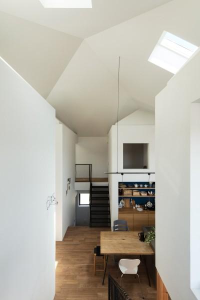 四つ角の家|インテリア (四つ角の家|家の中に4つの小さな家がある住宅【大阪府堺市】)