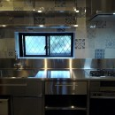 リノベーション住宅3の写真 奥様こだわりのオールステンレス製オーダーキッチン