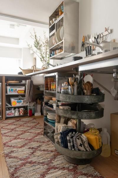 キッチン (フレンチシックな「妻っぽい家」)