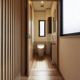大勢で集まっても楽しめる大空間リビングが自慢のお家 (バリアフリーを考慮したトイレ)
