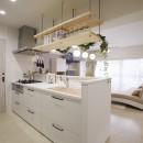 お子様が喜ぶアイデアいっぱいの楽しいお家の写真 イメージ通りのカフェ風キッチンに
