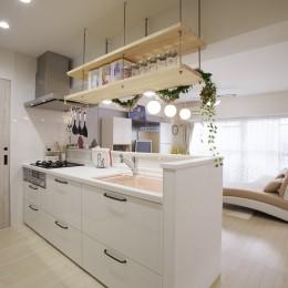 お子様が喜ぶアイデアいっぱいの楽しいお家 (イメージ通りのカフェ風キッチンに)