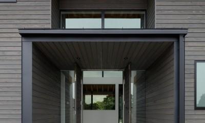 エントランス外観|佐倉の別荘 子育て世代の週末住宅