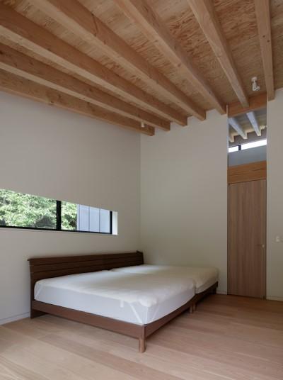 メインベッドルーム (佐倉の別荘 子育て世代の週末住宅)