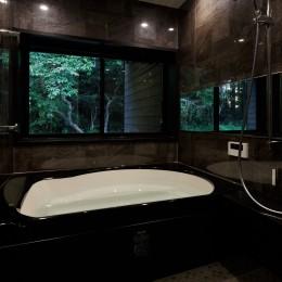 佐倉の別荘 子育て世代の週末住宅 (バスルーム)