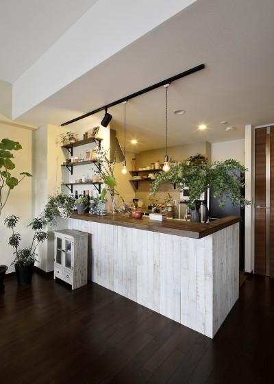 遊び心のきいたカフェ風空間 (お洒落なカフェ風キッチン)