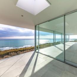 水平線の家 大海原の風景と暮らす家
