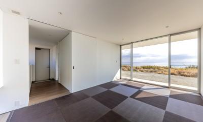 水平線の家 大海原の風景と暮らす家 (離れの和室(ゲストルーム))