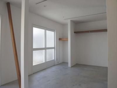 ダイニング (多用途なオープンスペースの家)