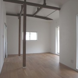 多用途なオープンスペースの家 (洋室)