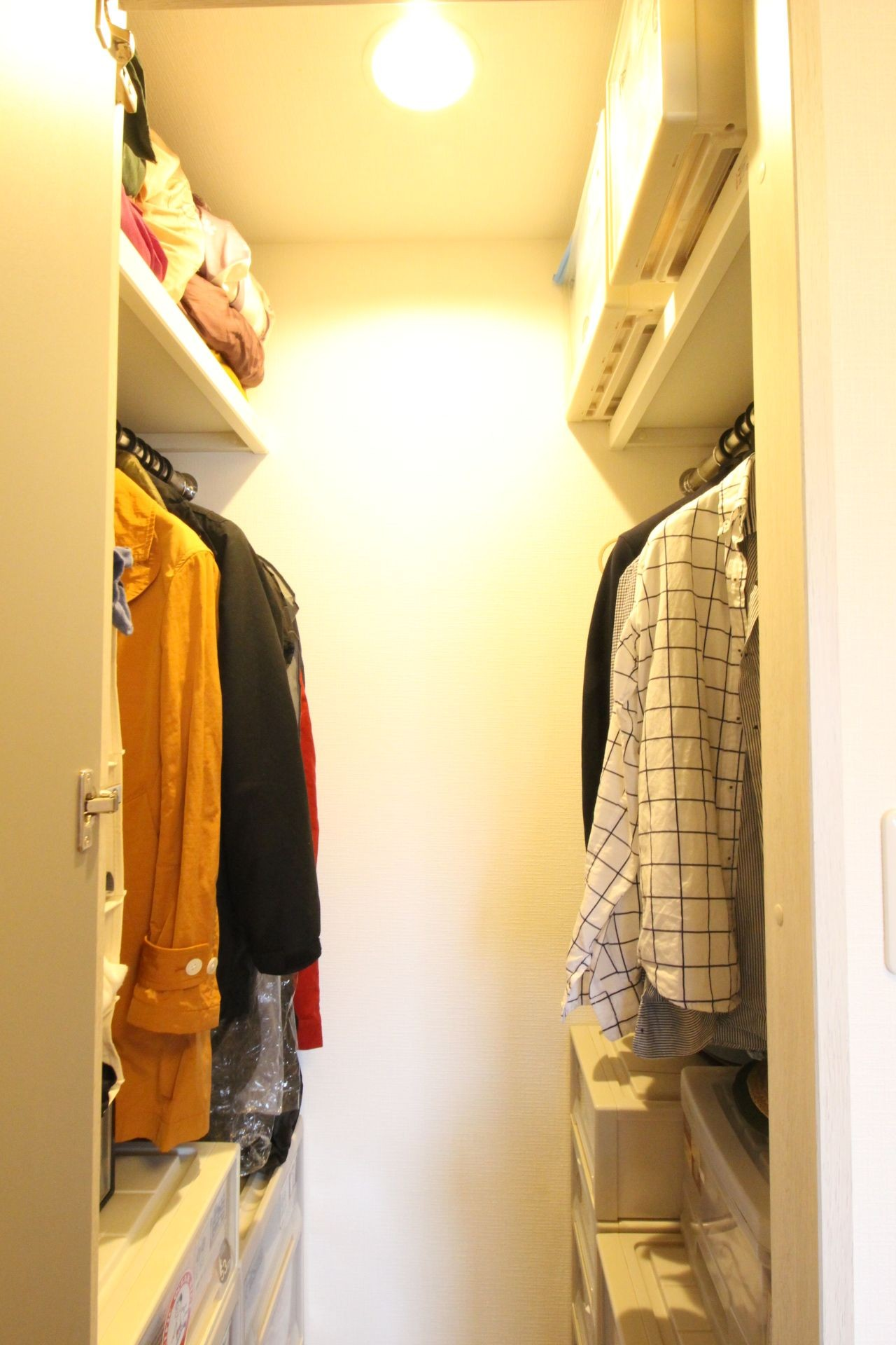 収納事例:洋室(自然素材でハワイアン&充実した収納プラン)