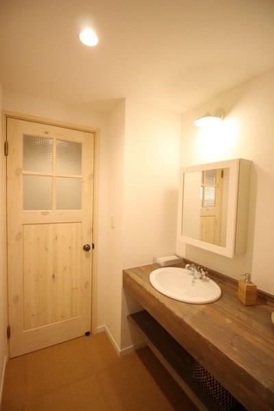 洗面室 (自然素材ショールーム)