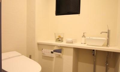 自然素材ショールーム (トイレ)