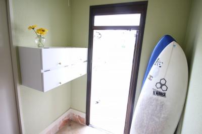 玄関 (オーダーメイドで自分たちらしい暮らしを実現!湘南の明るい住まい♪)
