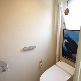 オーダーメイドで自分たちらしい暮らしを実現!湘南の明るい住まい♪ (トイレ)