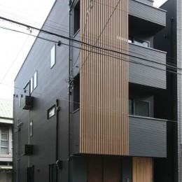 黒の家 (外観)