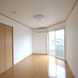コーナーウィンドウのあるアパートメントハウス-洋室