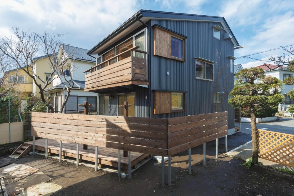五つ葉の家|狛江市(注文住宅) (外観_耐久性の高いガルバリウム鋼板)