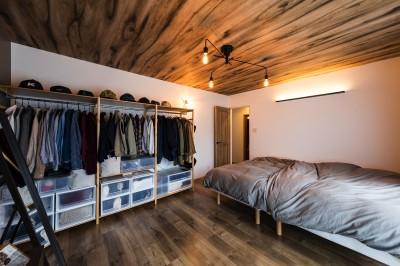 寝室とオープン収納 (岐阜市 H様邸|borderless)
