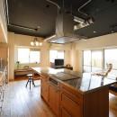 念願だった大空間LDKの写真 皆で料理を楽しめる広々キッチン