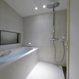 『往生地の家』 (浴室)