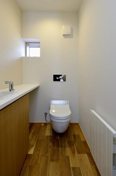 トイレ (『往生地の家』)