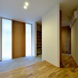 『往生地の家』 (玄関1)
