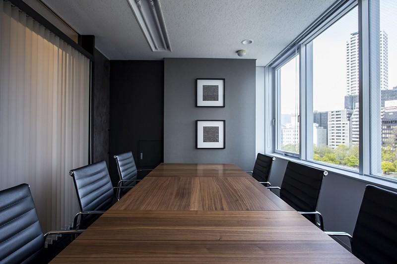 三ノ宮の事務所 (会議室)