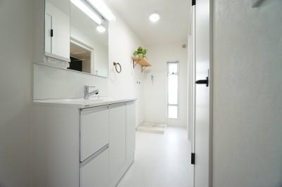 洗面室 (『団地リノベ』)