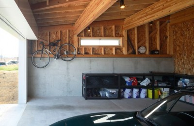 車庫2 (空色のアメリカンハウス)