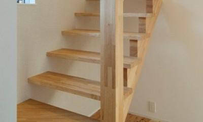 よりそう家 (階段2)
