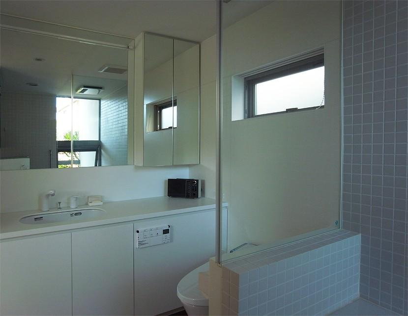 辻堂の家 (洗面・浴室)