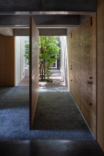 玄関 (清水の家)