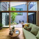 カジャデザインの住宅事例「降り注ぐ家」
