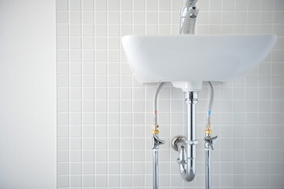 洗面台 (駅から直結 澄み渡る角部屋)