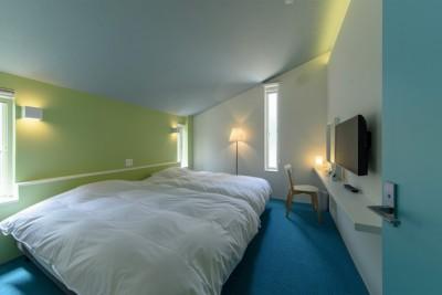 ベッドルーム (Holiday Villa Gran Suite/三角屋根の長期滞在型ヴィラ(ホテル))