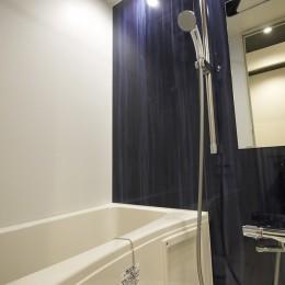 ユーズド感ある1DK (浴室)