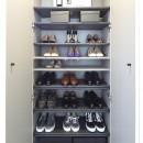 RE : Apartment UNITED ARROWS LTD. CASE003 / PLAN Aの写真 靴箱