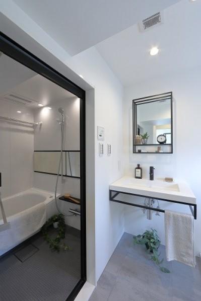 洗面室 (RE : Apartment UNITED ARROWS LTD. CASE003 / PLAN A)