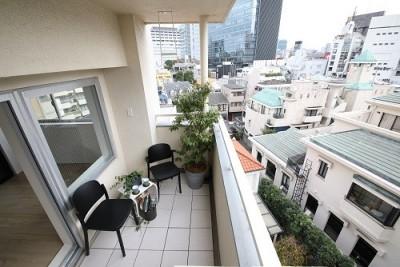 バルコニー (RE : Apartment UNITED ARROWS LTD. CASE003 / PLAN A)
