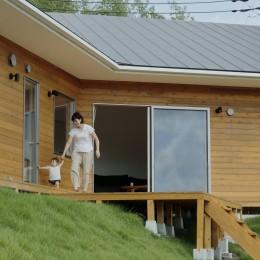丘の上の家 (外観2)