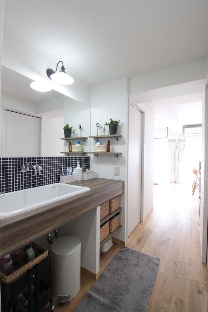 その他事例:廊下に洗面台(混雑しがちな場所を回遊動線で。土間・通気性・子供部屋を取り入れた夢のマンションリノベ。)