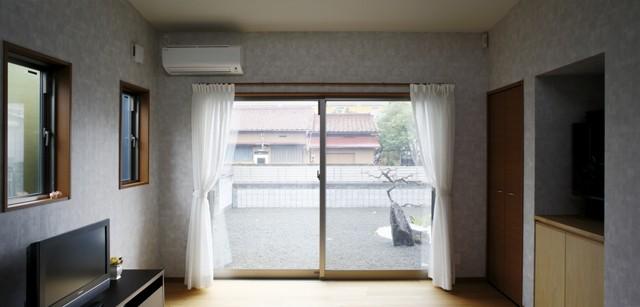 青い門形平屋の家 (内観5)