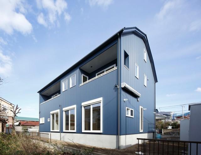 ギャンブレル屋根の家 (外観1)