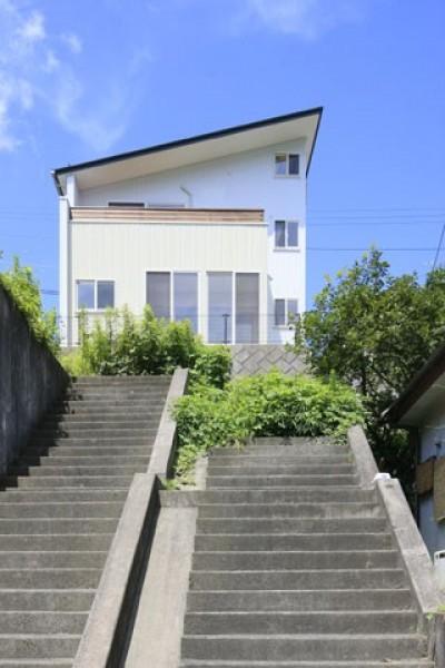 本棚階段のお家 (外観1)